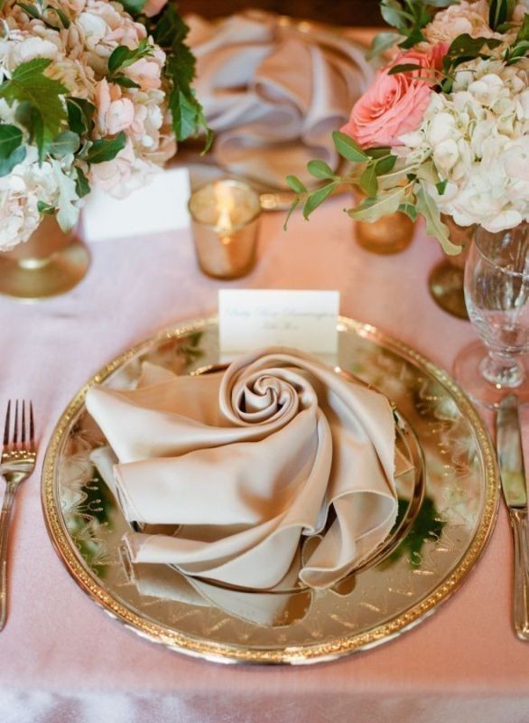 wedding-centerpiece-ideas-25 11 Tips on Mixing Antique and Modern Décor Styles