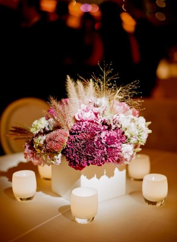 wedding-centerpiece-ideas-27 11 Tips on Mixing Antique and Modern Décor Styles