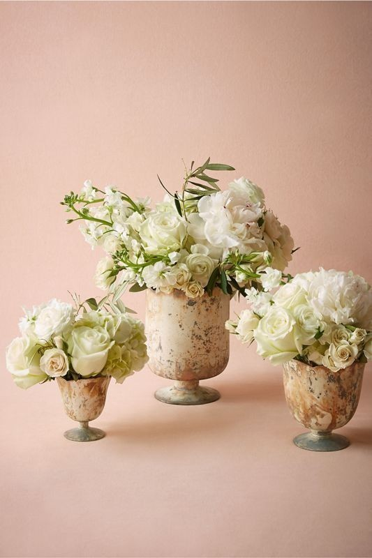 wedding-centerpiece-ideas-4 11 Tips on Mixing Antique and Modern Décor Styles