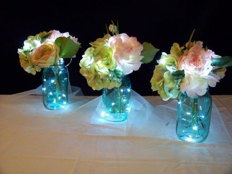 wedding-centerpieces-13 11 Tips on Mixing Antique and Modern Décor Styles