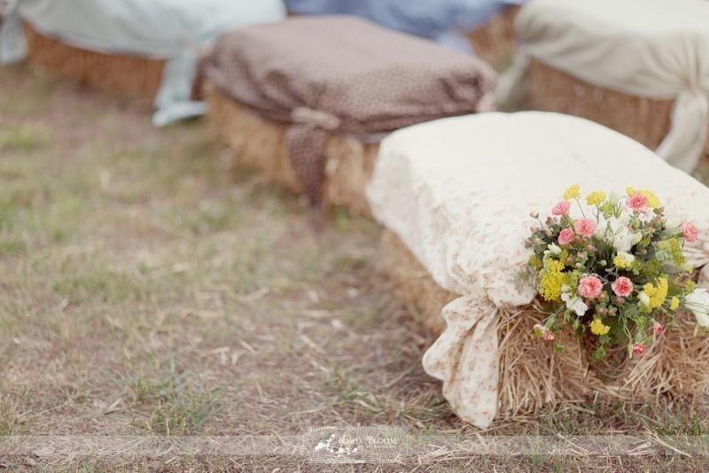 wedding-chair-decoration-ideas-22 88+ Unique Ideas for Decorating Your Outdoor Wedding