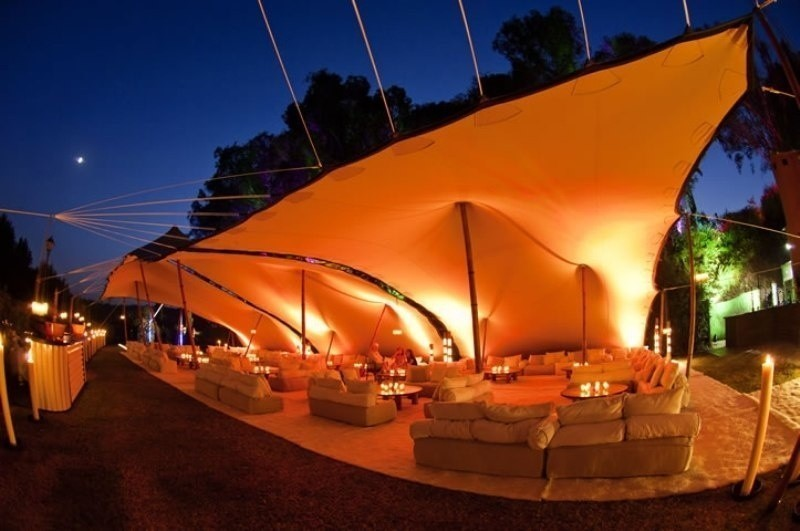 wedding-tent-decoration-ideas-11 88+ Unique Ideas for Decorating Your Outdoor Wedding