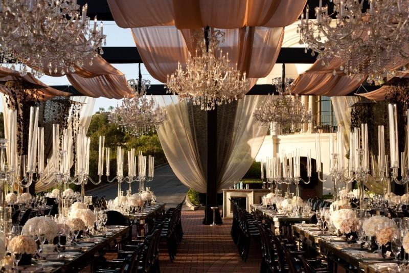 wedding-tent-decoration-ideas-16 88+ Unique Ideas for Decorating Your Outdoor Wedding