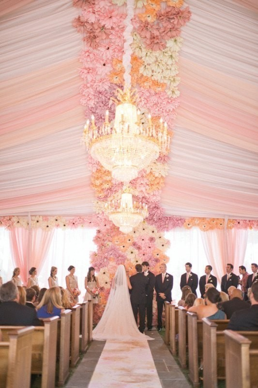 wedding-tent-decoration-ideas-3 88+ Unique Ideas for Decorating Your Outdoor Wedding