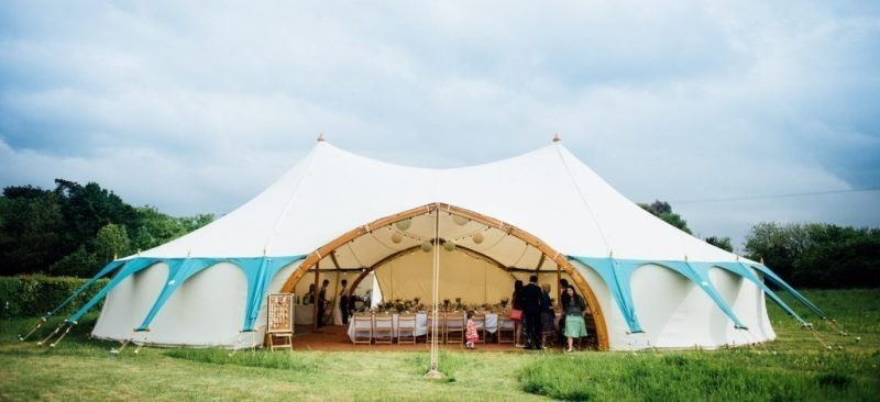 wedding-tent-decoration-ideas-9 88+ Unique Ideas for Decorating Your Outdoor Wedding