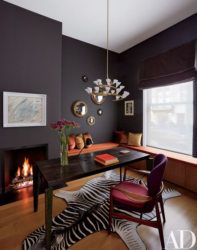 03-0114-AD-SELL-14 10 Ways to Add Glam to Your Hollywood Home