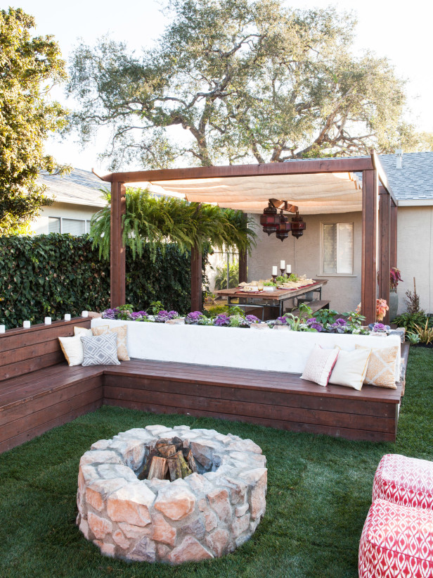 10-Splendid-Garden-Fire-Pit-Innovations-For-Your-Garden-2 Delightful and Affordable Fire pit Decoration Designs in 2017