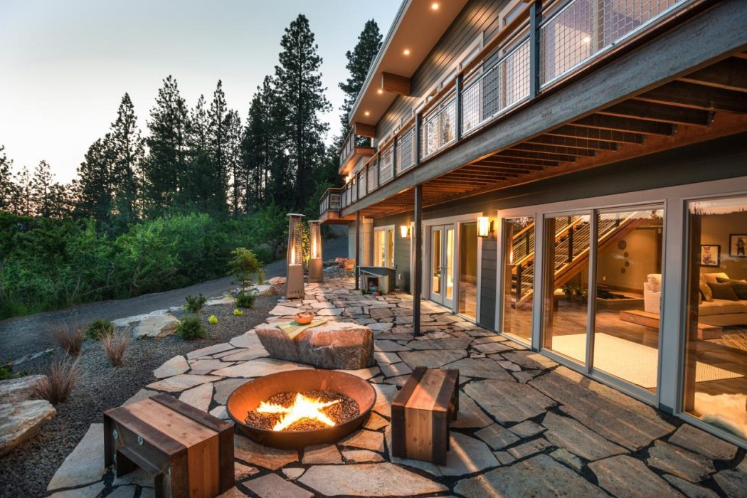 30-star-studded-fireplace-fireplace-idea-homebnc 8 Delightful and Affordable Fire pit Decoration Designs in 2020