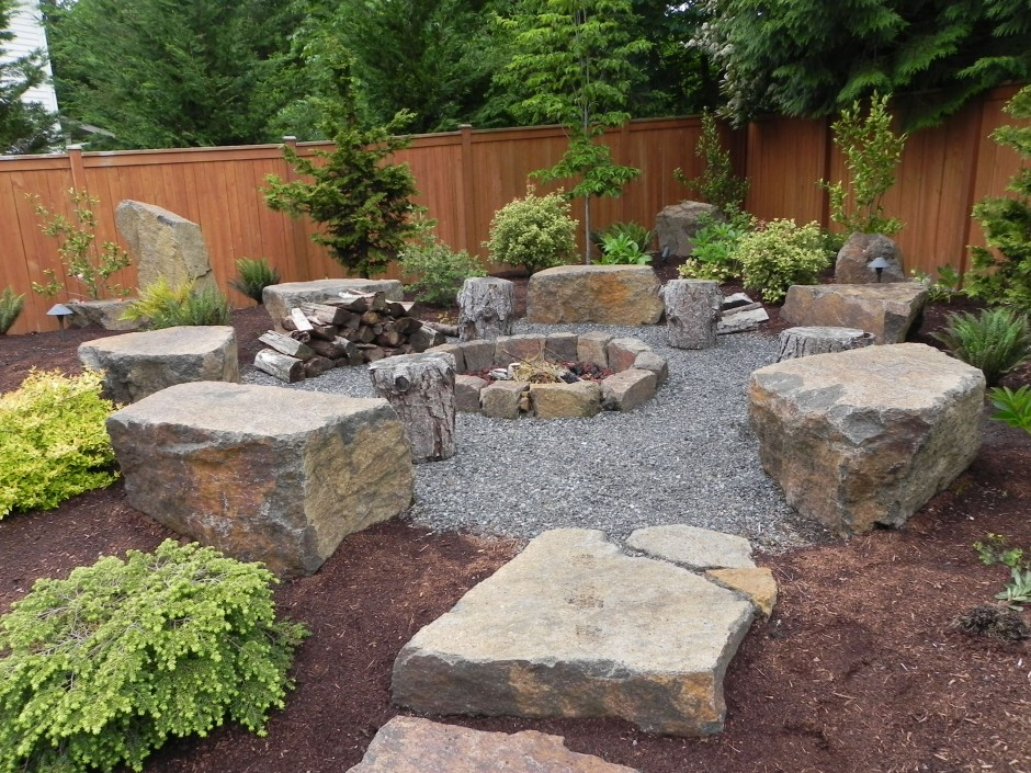 57902877777cced2e6ec1a2b6f0e4ae0 8 Delightful and Affordable Fire pit Decoration Designs in 2020