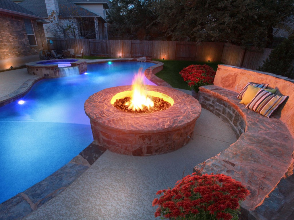 5aacb47e19b83ea42866e8474a81a896 Delightful and Affordable Fire pit Decoration Designs in 2017