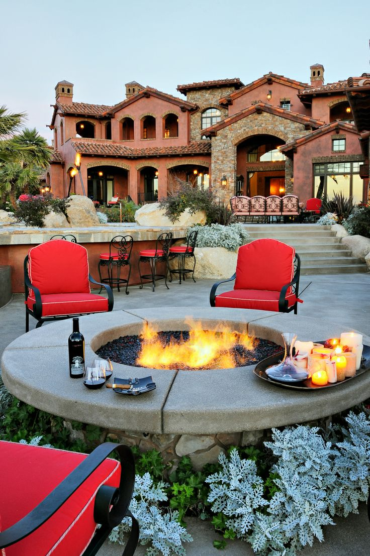 Fresh-Modern-and-Rustic-Fire-Pit-Design-Ideas-Homesthetics-11 Delightful and Affordable Fire pit Decoration Designs in 2017