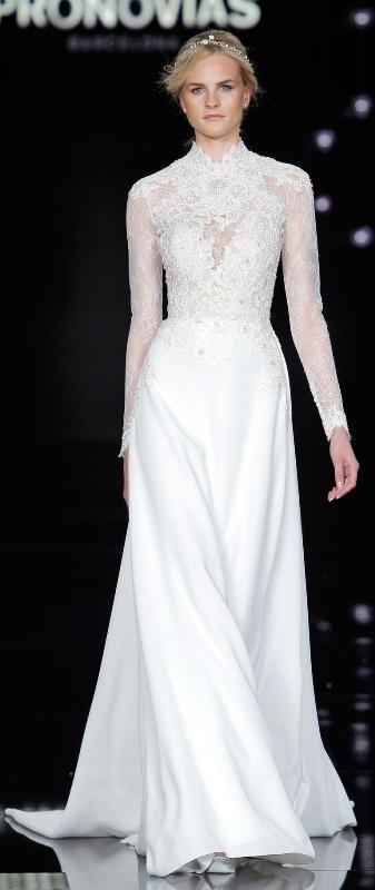 Muslim-wedding-dresses-1 84+ Coolest Wedding Dresses for Muslim Brides in 2020