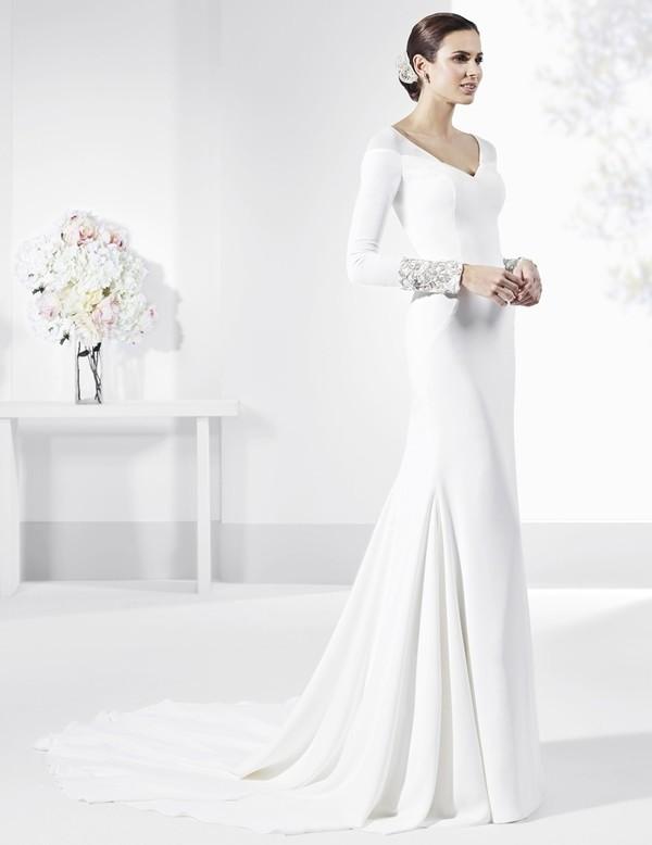 Muslim-wedding-dresses-100 84+ Coolest Wedding Dresses for Muslim Brides in 2020