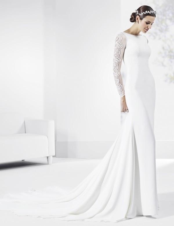 Muslim-wedding-dresses-102 84+ Coolest Wedding Dresses for Muslim Brides in 2020