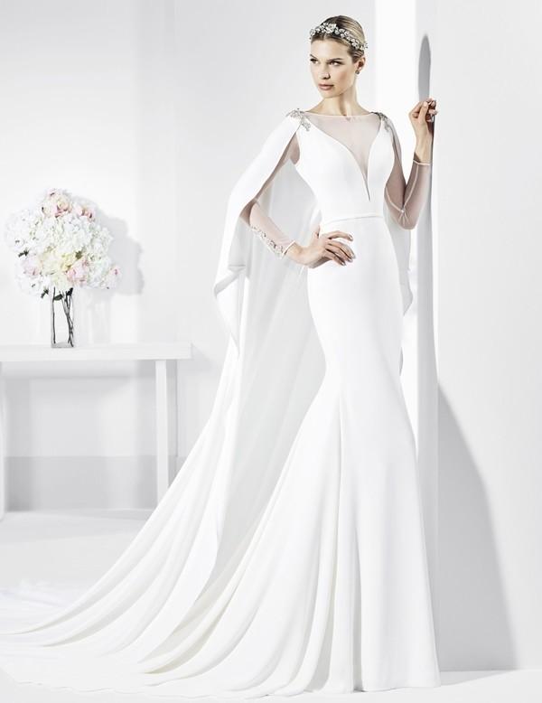 Muslim-wedding-dresses-105 84+ Coolest Wedding Dresses for Muslim Brides in 2020