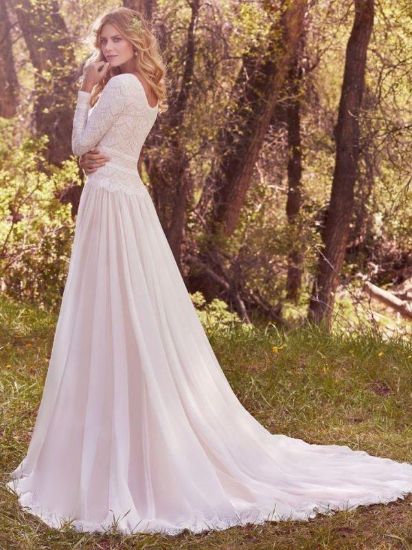 Muslim-wedding-dresses-110 84+ Coolest Wedding Dresses for Muslim Brides in 2020