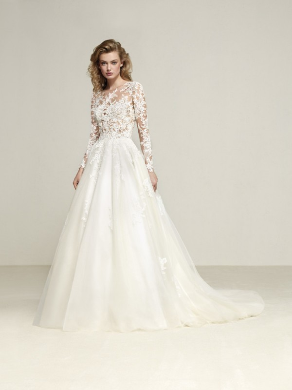 Muslim-wedding-dresses-120 84+ Coolest Wedding Dresses for Muslim Brides in 2020