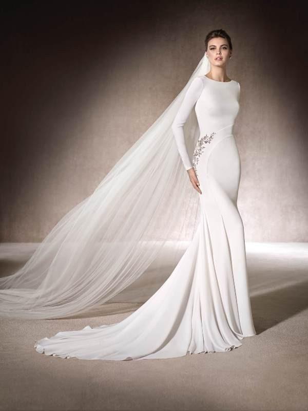 Muslim-wedding-dresses-123 84+ Coolest Wedding Dresses for Muslim Brides in 2020