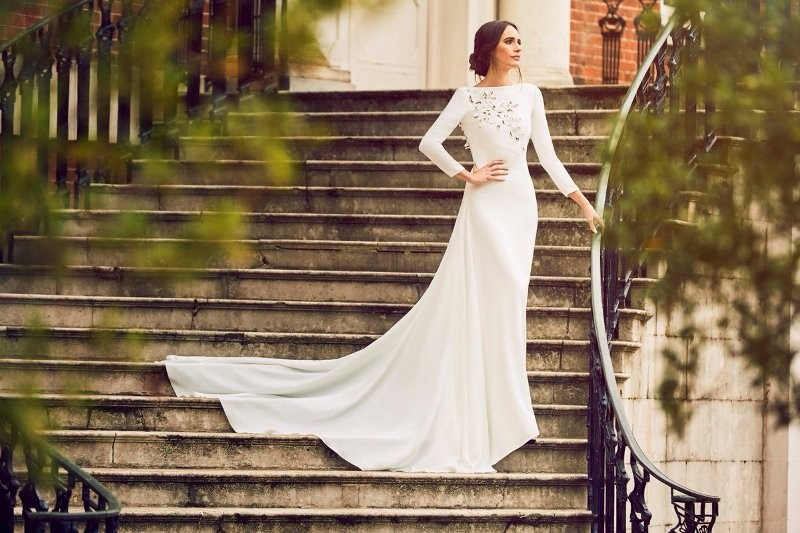 Muslim-wedding-dresses-130 84+ Coolest Wedding Dresses for Muslim Brides in 2018