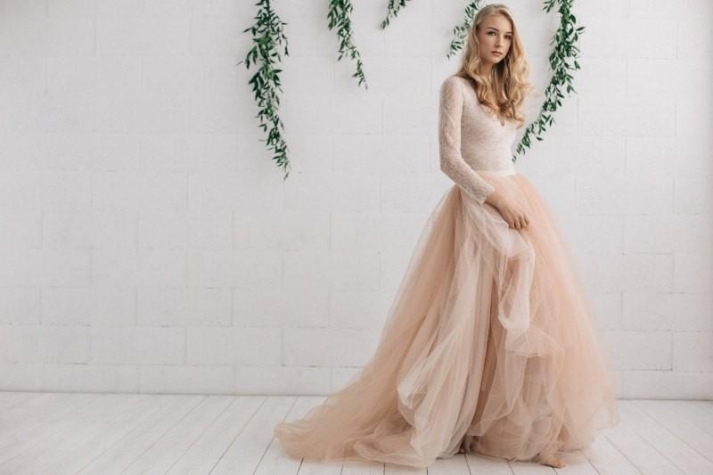 Muslim-wedding-dresses-131 84+ Coolest Wedding Dresses for Muslim Brides in 2020