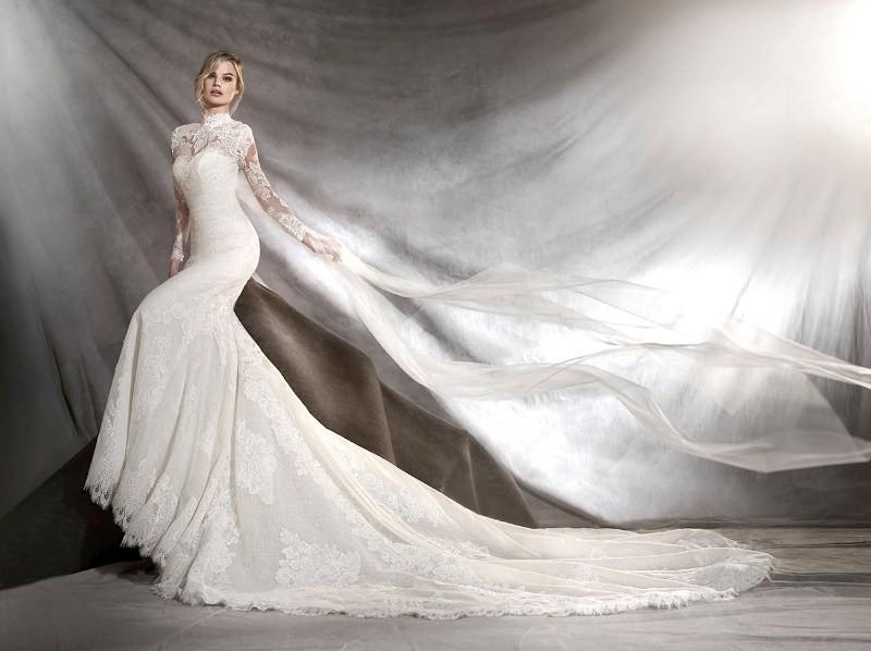Muslim-wedding-dresses-132 84+ Coolest Wedding Dresses for Muslim Brides in 2020