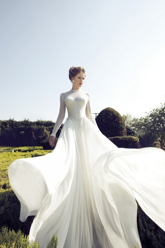 Muslim-wedding-dresses-22 84+ Coolest Wedding Dresses for Muslim Brides in 2020