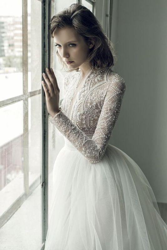 Muslim-wedding-dresses-32 84+ Coolest Wedding Dresses for Muslim Brides in 2020