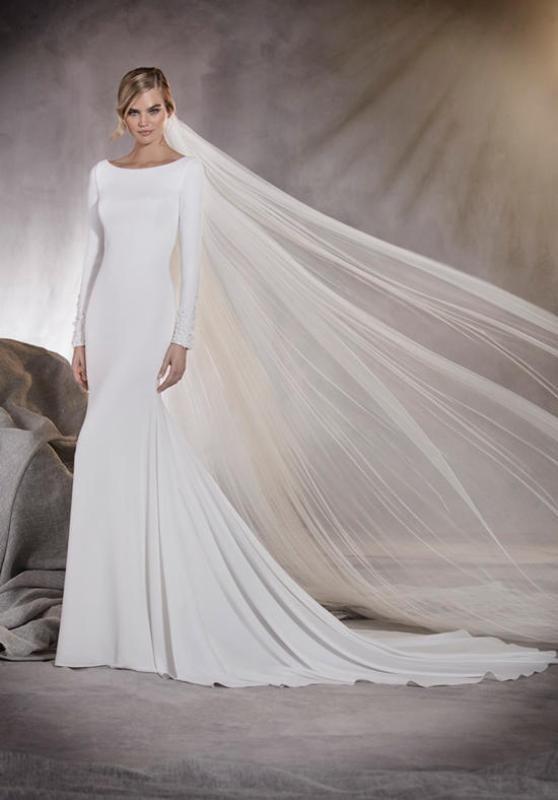 Muslim-wedding-dresses-55 84+ Coolest Wedding Dresses for Muslim Brides in 2020