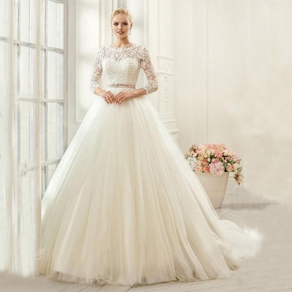 Muslim-wedding-dresses-58 84+ Coolest Wedding Dresses for Muslim Brides in 2020