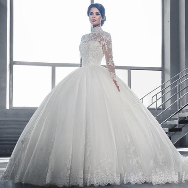 Muslim-wedding-dresses-60 84+ Coolest Wedding Dresses for Muslim Brides in 2020