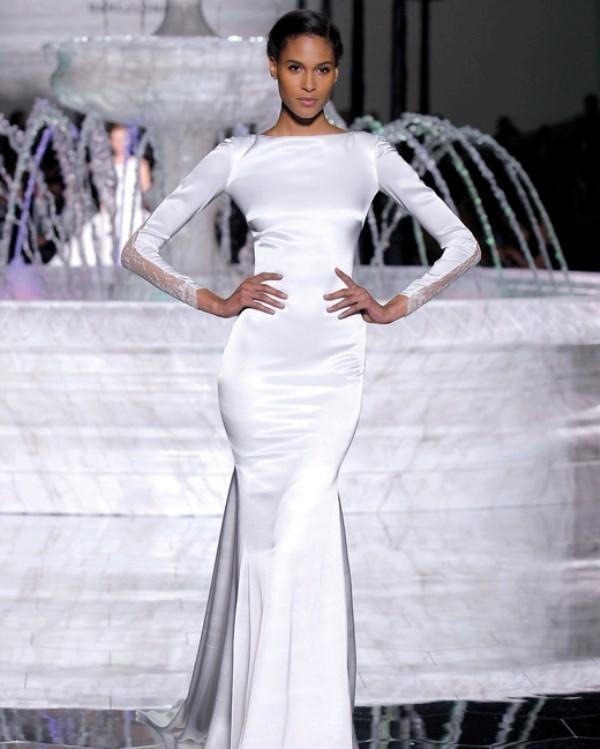 Muslim-wedding-dresses-78 84+ Coolest Wedding Dresses for Muslim Brides in 2020