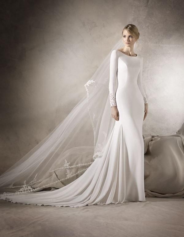 Muslim-wedding-dresses-91 84+ Coolest Wedding Dresses for Muslim Brides in 2020