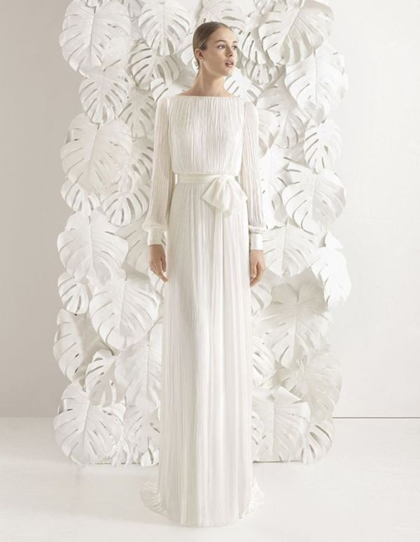 Muslim-wedding-dresses-92 84+ Coolest Wedding Dresses for Muslim Brides in 2020