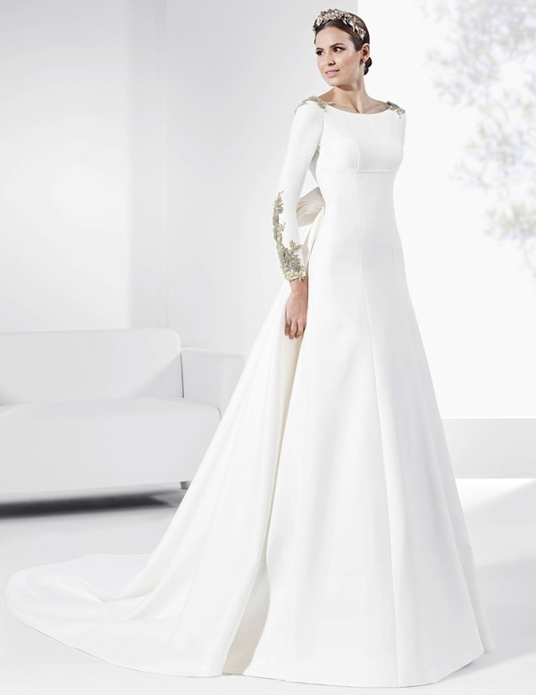 Muslim-wedding-dresses-95 84+ Coolest Wedding Dresses for Muslim Brides in 2018