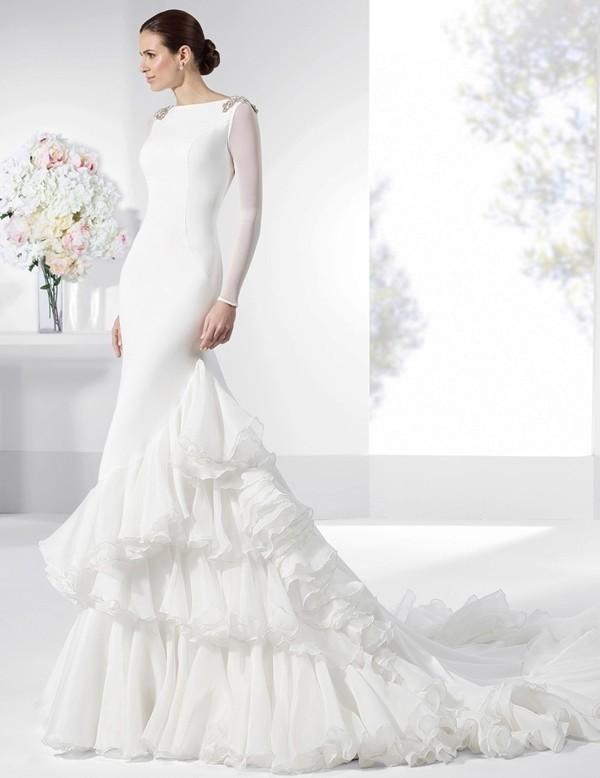 Muslim-wedding-dresses-98 84+ Cool Wedding Dresses for Muslim Brides in 2017