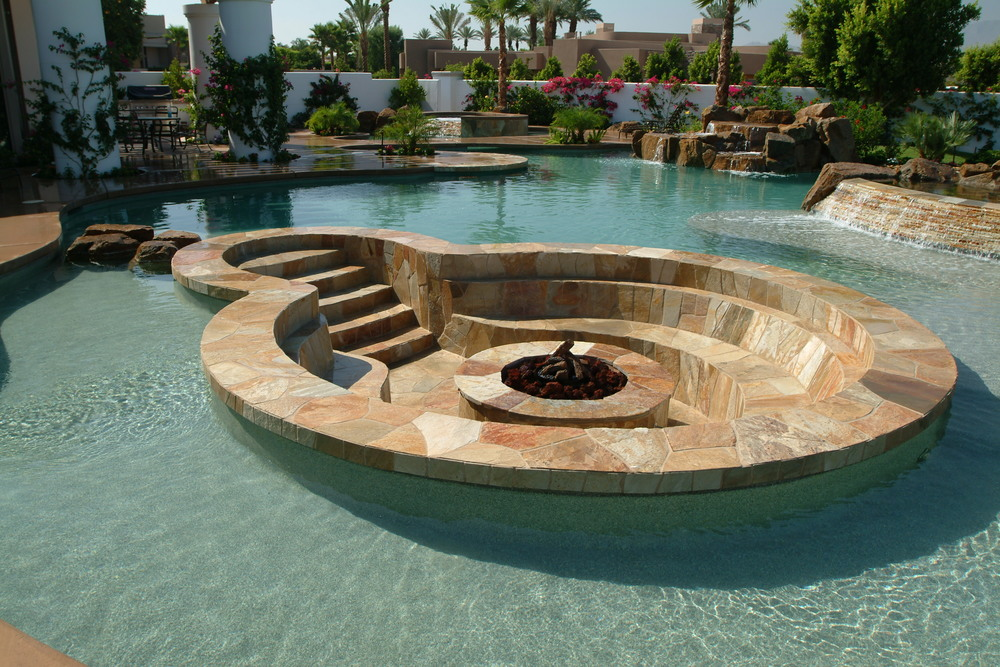 Swimming-Pool-Fire-Pit Delightful and Affordable Fire pit Decoration Designs in 2017