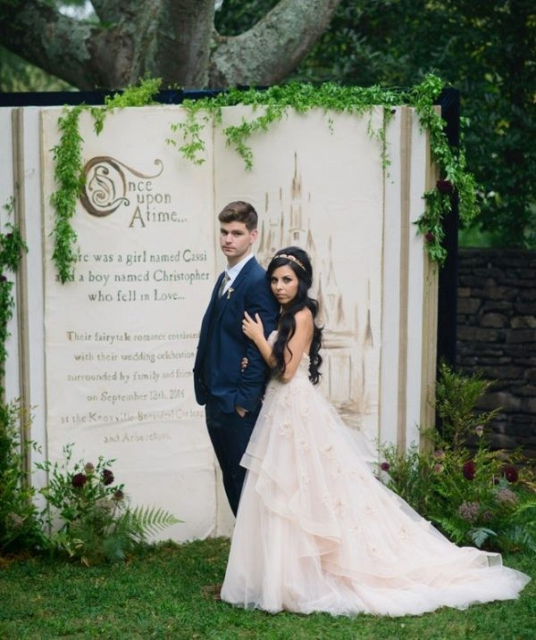 Unique-wedding-backdrop-ideas-9 8 Most Unique Wedding Party Ideas in 2020