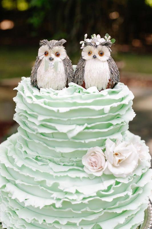 Unique-wedding-cake-ideas-2 8 Most Unique Wedding Party Ideas in 2017