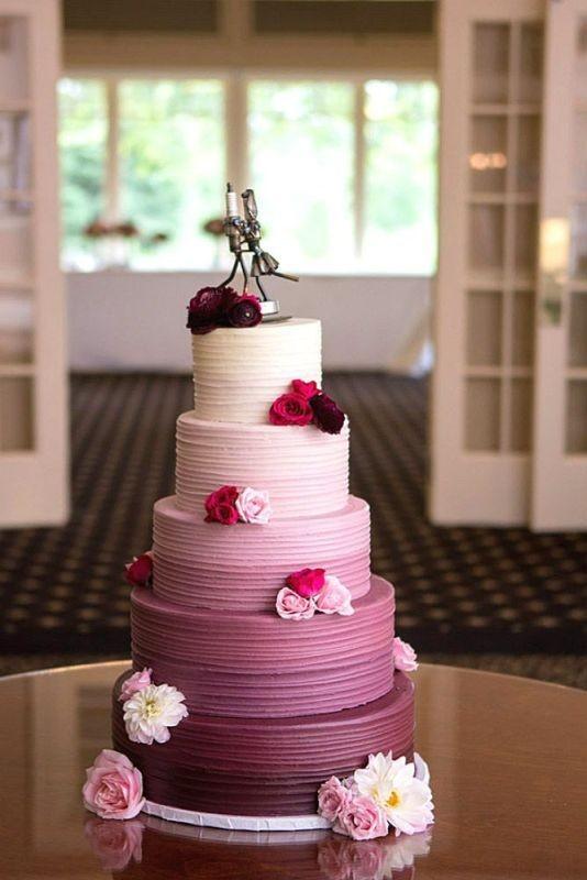 Unique-wedding-cake-ideas-3 8 Most Unique Wedding Party Ideas in 2018