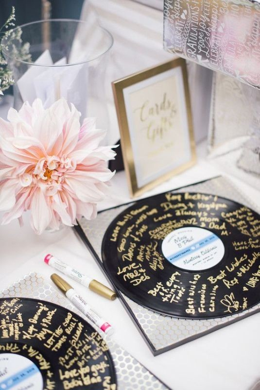 Unique-wedding-guest-book-ideas-3 8 Most Unique Wedding Party Ideas in 2020