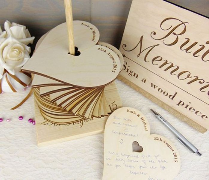 Unique-wedding-guest-book-ideas-6 8 Most Unique Wedding Party Ideas in 2017