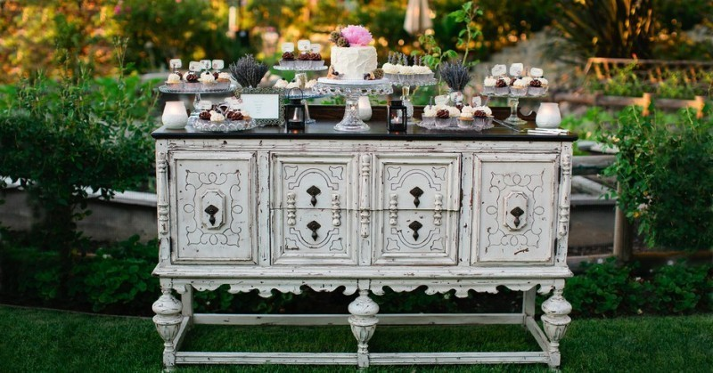 antique-pieces-6 8 Most Unique Wedding Party Ideas in 2017