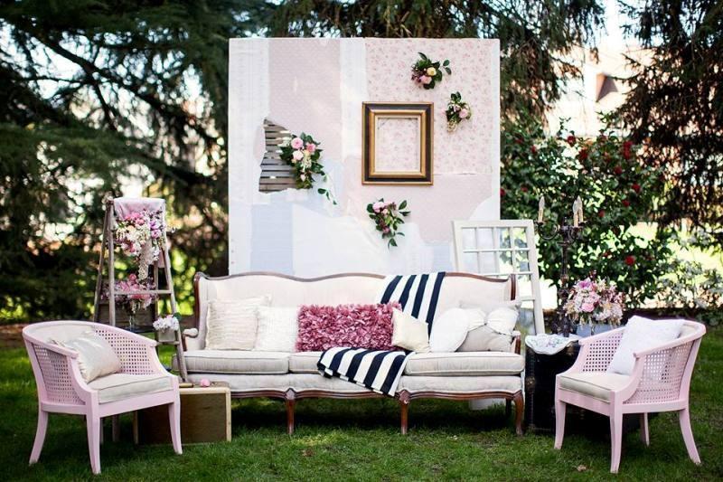 antique-pieces-7 8 Most Unique Wedding Party Ideas in 2017