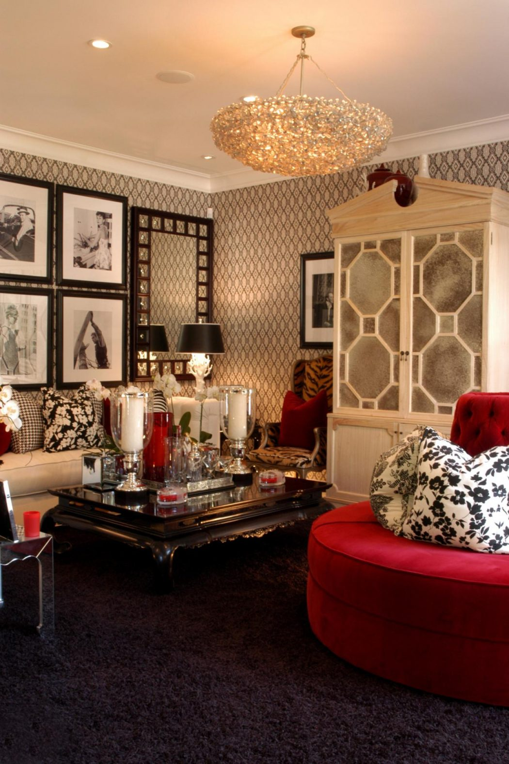 barclay-butera-hollywood.jpg.rend_.hgtvcom.1280.1920 10 Ways to Add Glam to Your Hollywood Home