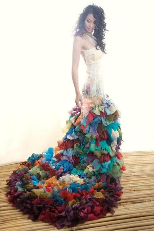 colored-wedding-dresses-2017-109 75+ Most Breathtaking Colored Wedding Dresses in 2020