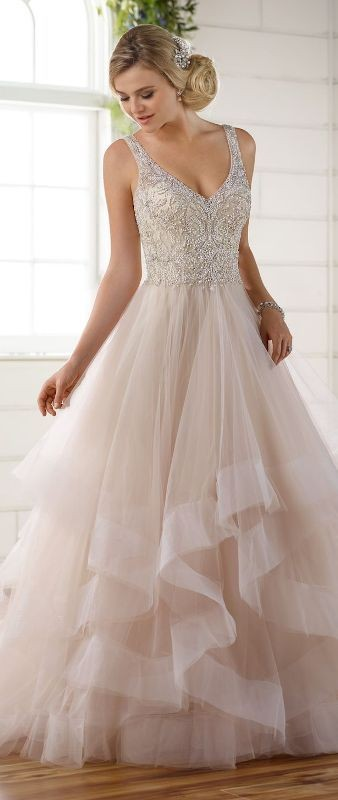 colored-wedding-dresses-2017-11 75+ Most Breathtaking Colored Wedding Dresses in 2020