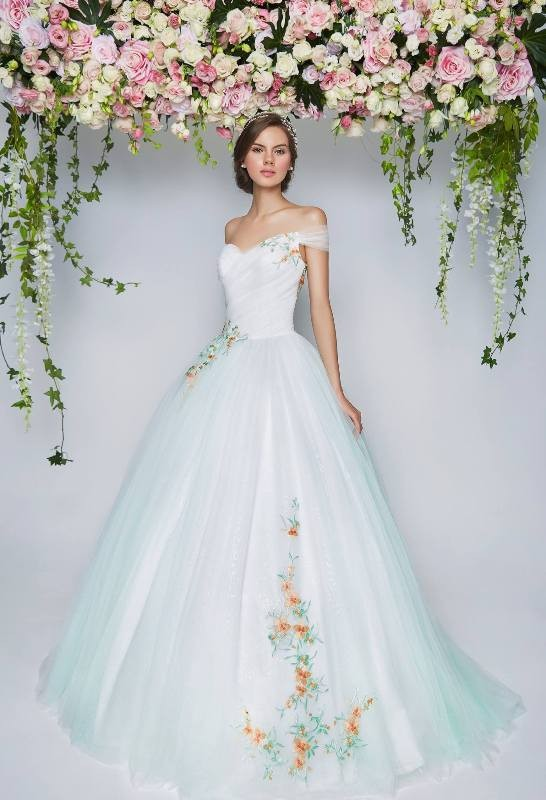 colored-wedding-dresses-2017-122 75+ Most Breathtaking Colored Wedding Dresses in 2020