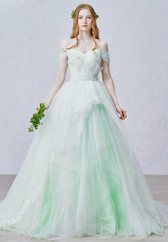 colored-wedding-dresses-2017-127 75+ Most Breathtaking Colored Wedding Dresses in 2020