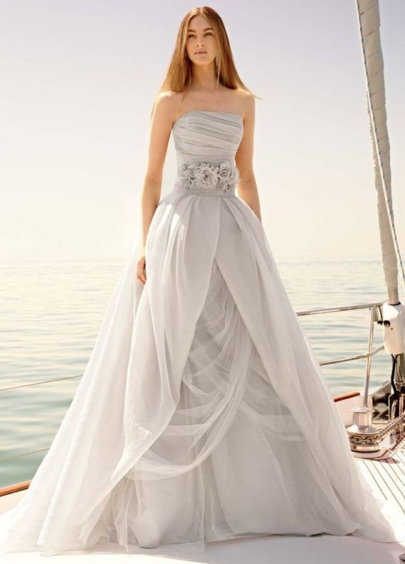colored-wedding-dresses-2017-137 75+ Most Breathtaking Colored Wedding Dresses in 2020