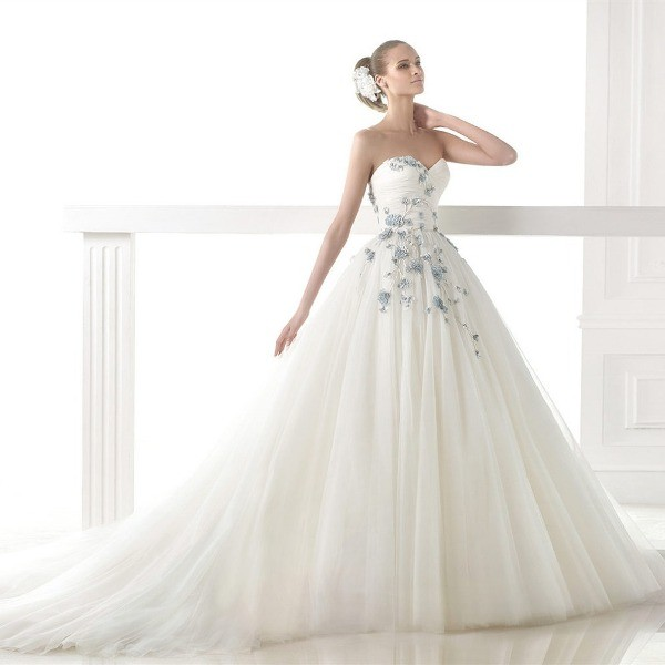 colored-wedding-dresses-2017-148 75+ Most Breathtaking Colored Wedding Dresses in 2020